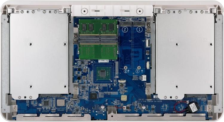 QNAP HS-453DX