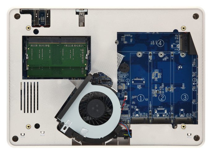 QNAP TBS-453DX NASbook